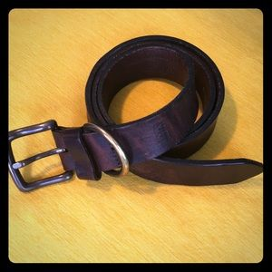 Levi's distressed leather belt